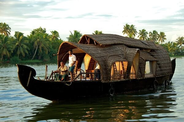 Honeymoon Places in Kerala